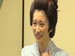 اليابانية, كبير الثدي, منتظم