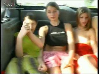 nuori, tytöt, julkinen