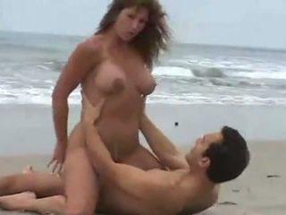 wielkie cycki, plaża, brunetki