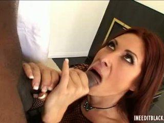 Wang loving honing tiffany mynx enjoys een thick meatpole entering haar pleasant mond