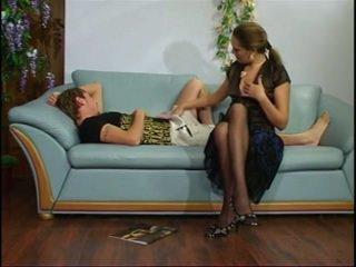 Russo matura zia con giovane ragazzo.