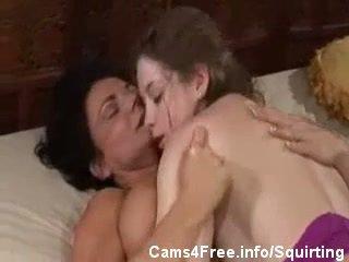 шприц, лесбіянка, мами і підлітки