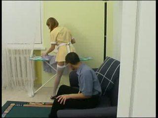 ボス 強制的な メイド へ ファック ハード ビデオ