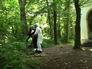 Turned ב בלונדינית נזירה getting מזוין doggy סגנון