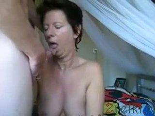 Facefuck matura mamma moglie