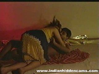 Precētas indieši pair pašdarināts izgatavošana mīlestība privacy invaded līdz hiddencam
