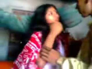 Hinduskie newly zaślubieni guy trying zabardasti do żona bardzo nieśmiałe