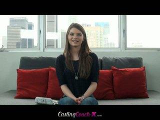 Adorável jovem grávida cutie fucks em casting entrevista