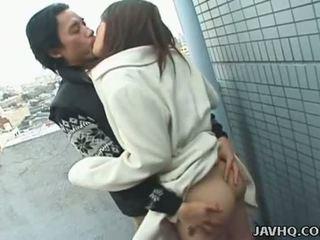 Javhq: 日本语 青少年 exhibs 和 性交 户外