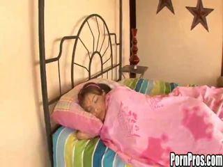 jimat, sedang tidur, remaja