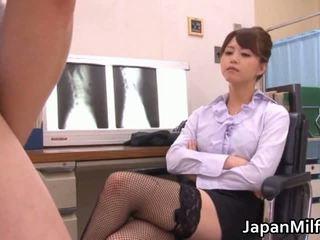 Akiho yoshizawa 의사 loves having eaten