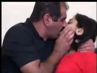 Turque fille fucks avec yilmaz sahin vidéo