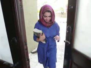 हॉर्नी ब्रुनेट arab टीन ada gets filled