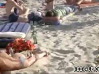 Amateur Blowjob In Public Beach