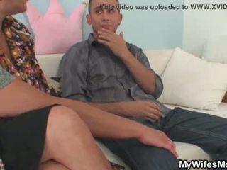 Oh god, môj manželky mama seduces ma! <span class=duration>- 6 min</span>