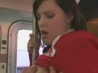 Sexy étudiant entered en mal bus vidéo