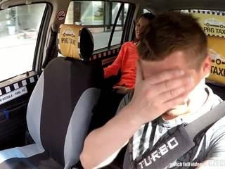 Cutest adolescente gets un gratis taxi paseo, gratis porno 80
