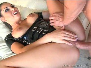 Emma cummings v latexové oblek gets fucked právo v the prdel