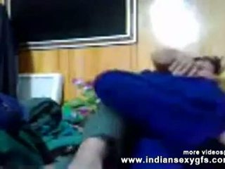Hinduskie seks pathan doktor pieprzenie pacjent w w domu mms