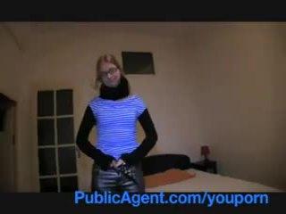 Publicagent блондинки колеж момиче fucks ми при тя студент apartment