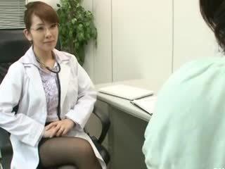 เลสเบี้ยน gynecologist 2 ส่วนหนึ่ง 1