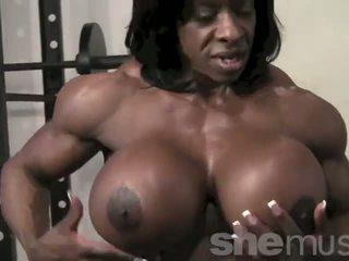 Néger female muscle