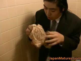 Japonsko ženska je poredno in zreli part1