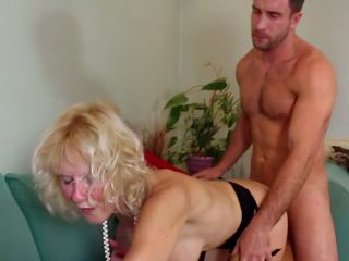 Old mom with hot body fucked by toy boy, porno 6a