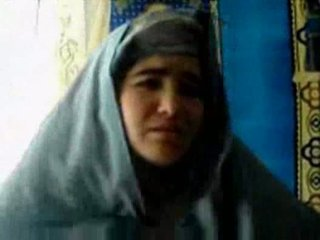 Tajik cô gái fucked lược qua một pashton guy