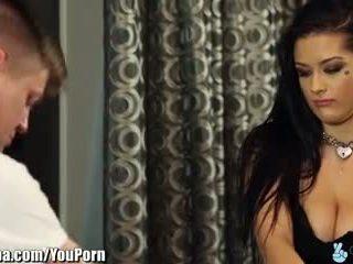 Trickyspa katrina jade seduced podle špinavý masseur