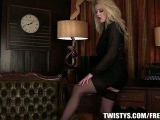 Kuum rinnakas blond solo tegevus