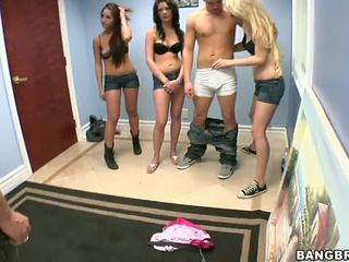 3 guys ett flicka porr