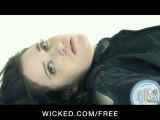 Aiden starr - horizon dvd scena 6 - tettona lesbiche con pelosa fica finger cazzo