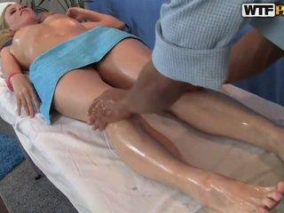 Ariana has ji smooth muca massaged in bumped