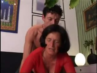 Giving γιαγιά ένα καλός σκληρά dicking !