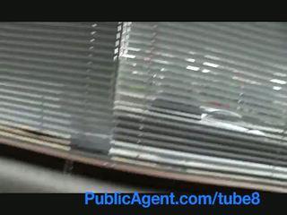 Publicagent בריטי שחרחורת מזוין קשה על ידי צ'כית גדול זין