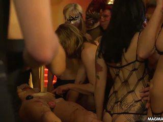 Magma film allemand masquerade swingers fête