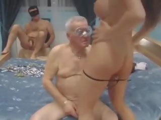 milfs, old + young, taliančina