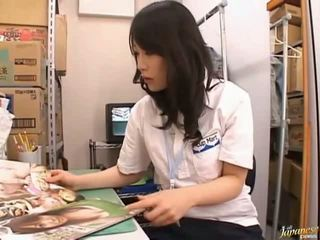 Японська av модель мила азіатська дівчина
