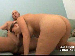 Besar pantat pengasuh bayi kacau