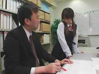 Arcra élvezés cumshots tovább ázsiai schoolgirls