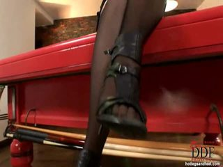 Sleaze שחרחורת anna polina demonstrating איך היא הוא תוכל ל למצוץ