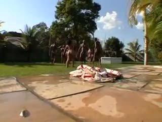 Nagy buborék popsi brazil orgia 6- cd1
