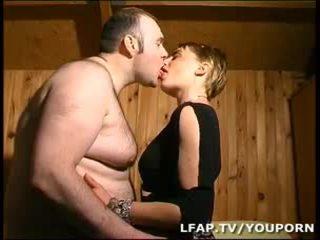 Amatrice білявка a la chatte poilue sodomisee par син mari