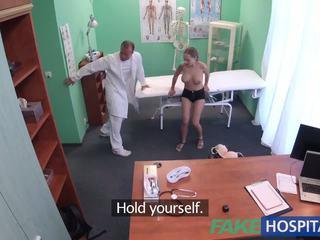 Fakehospital god hardt sex med pasient etter earthquake