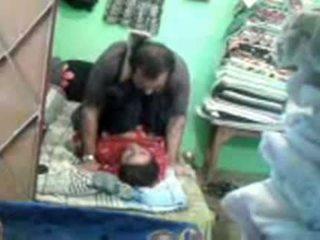 Възрастни възбуден пакистански двойка enjoying кратко muslim секс session