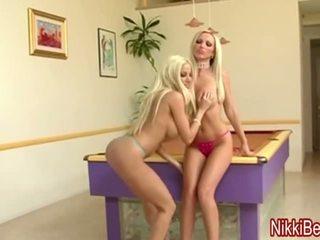 Nikki benz & gina súložiť a peeping tom v veľký sýkorka 3ka!