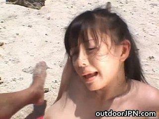 Με πλούσιο στήθος nipponese μωρό ai takeuchi has πορνό