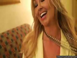 bộ ngực to, tất cả nylon tất cả, cô gái tóc vàng xem
