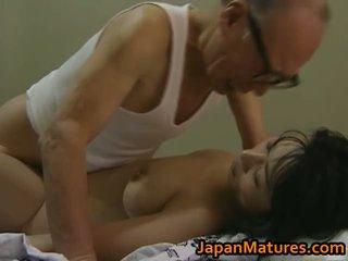 Heiß asiatisch mieze has reif sex